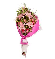 Ramo abierto de liliums, rosas y alstroemerias